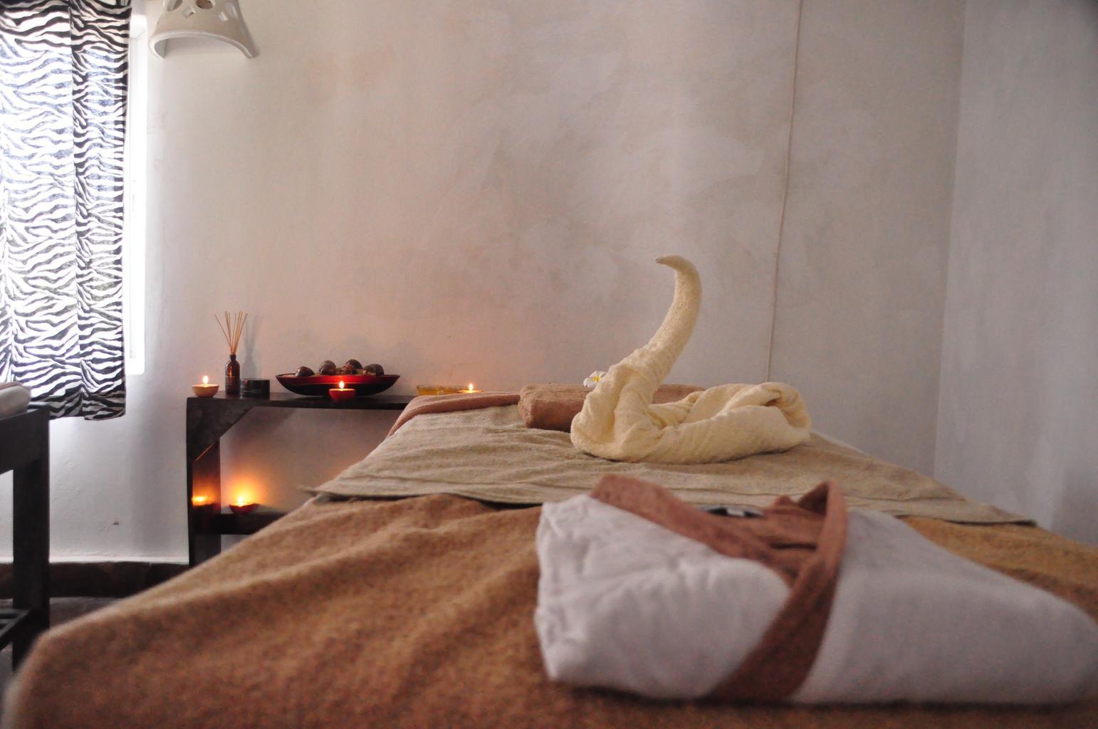 Erotic massage a tantrické masáže
