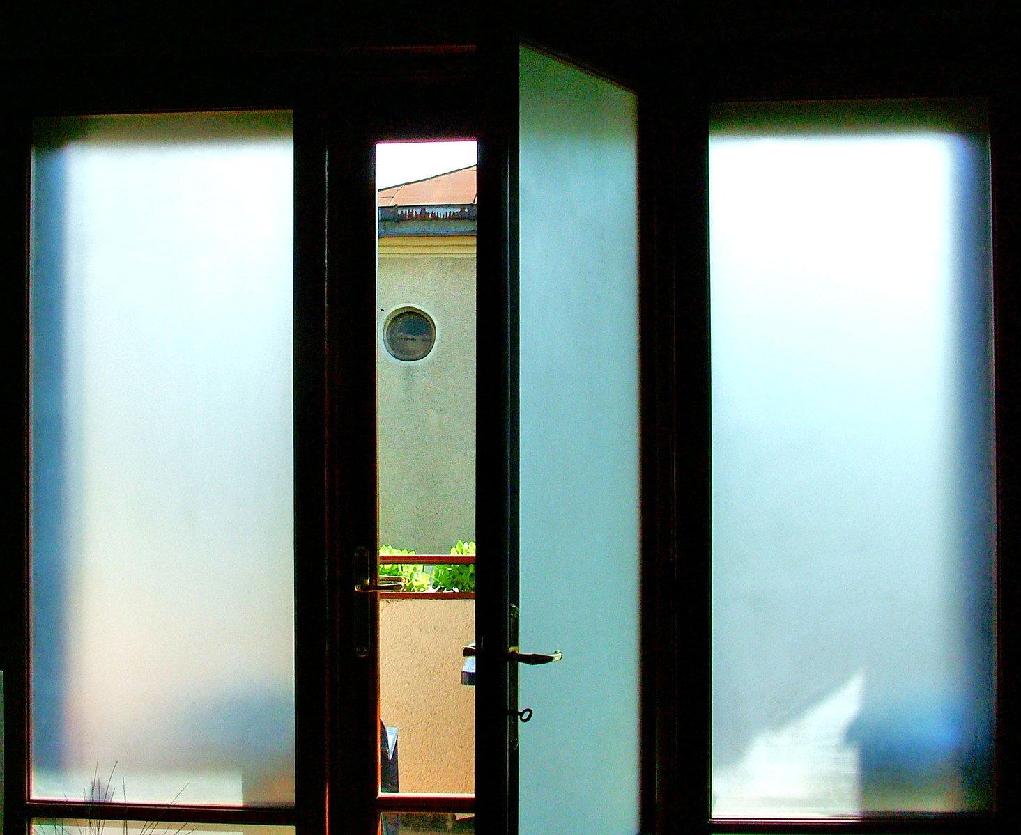 Akú zmenu do vášho interiéru prinesú sklenené dvere?